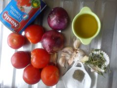 Ingredients for 600gr tomato conserve