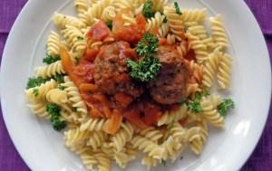 Fusilli & Meatballs
